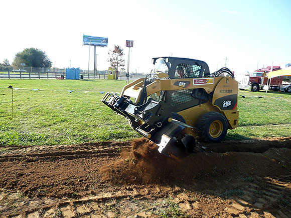 earthmoving-attachment-skid-steer-trencher
